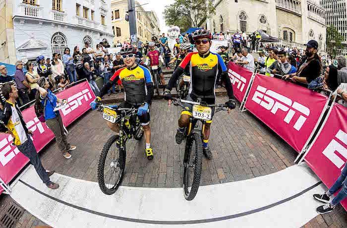 Camilo Castellanos, Colombia, Equipo Colombia, Amateur cyclist